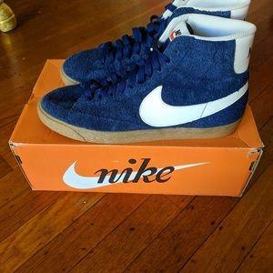Vintage Nike blazers